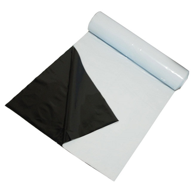 UV-stabilized co-extruded silage bunker covers
